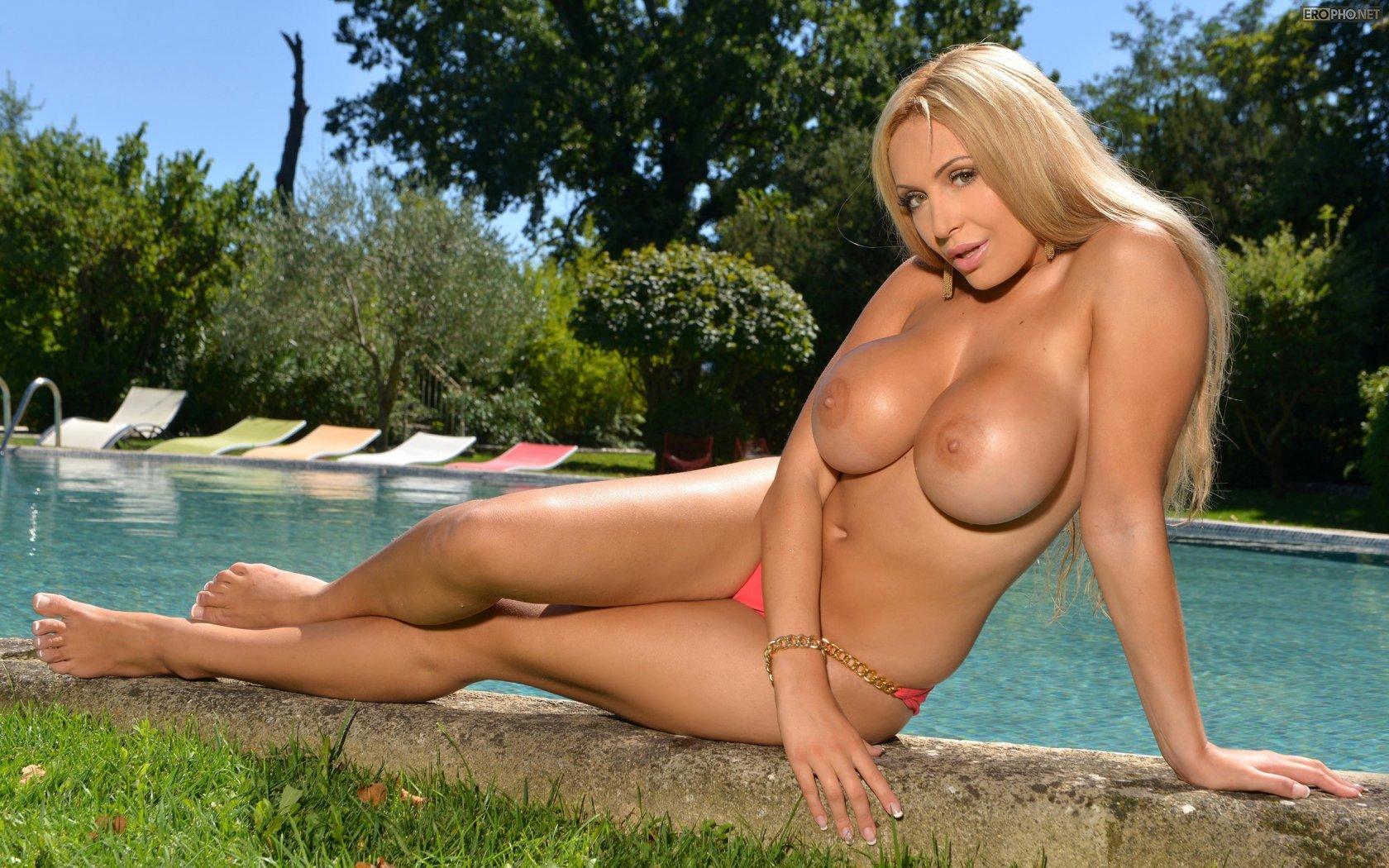 Playboy Blonde Nude Models, Busty Blondes